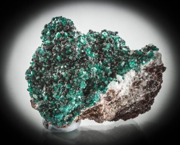 dioptase-heterogenite-calcite-1115898097