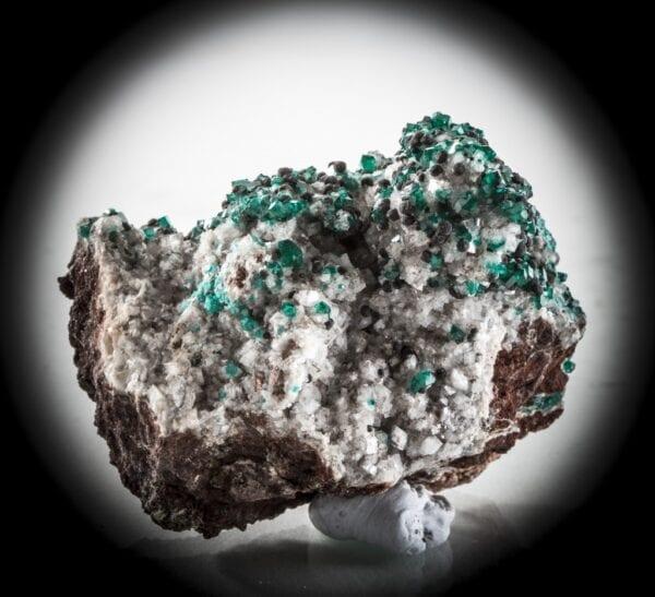 dioptase-heterogenite-calcite-721320065