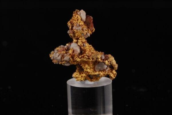 gold-quartz-207712412