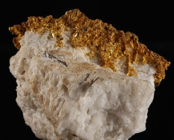 gold-bournonite-2088121669