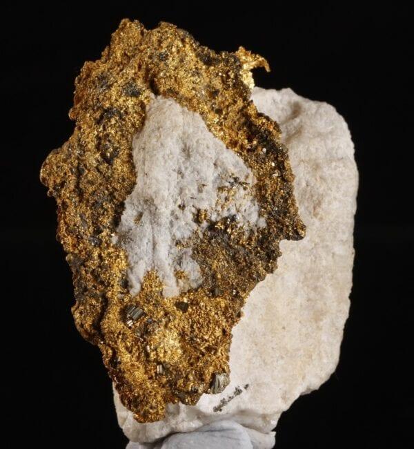 gold-bournonite-947499522
