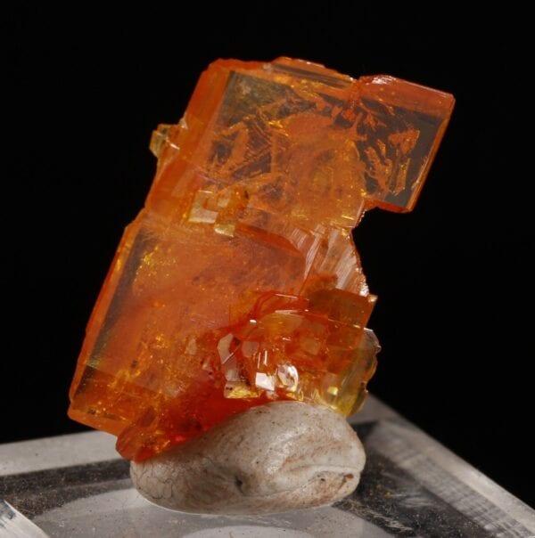 wulfenite-66381930
