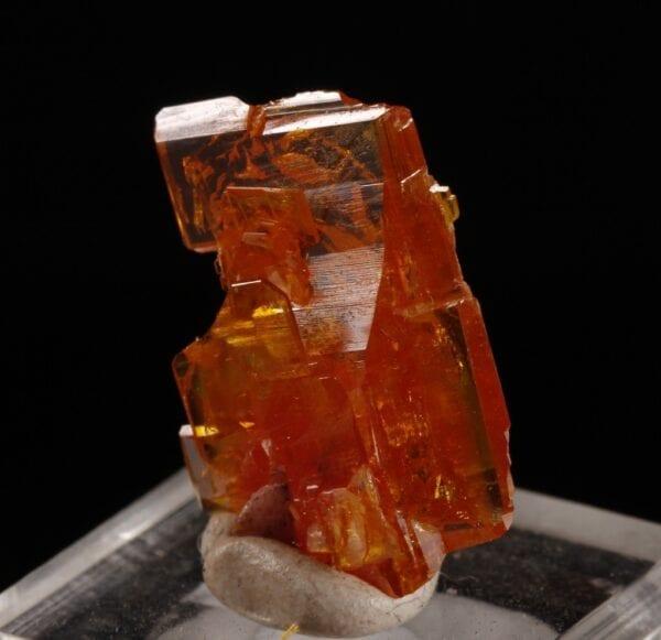 wulfenite-883015634