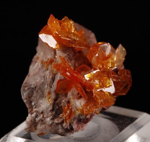 wulfenite-barite-2039907273