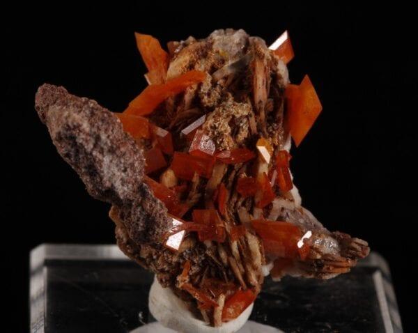 wulfenite-barite-222998168