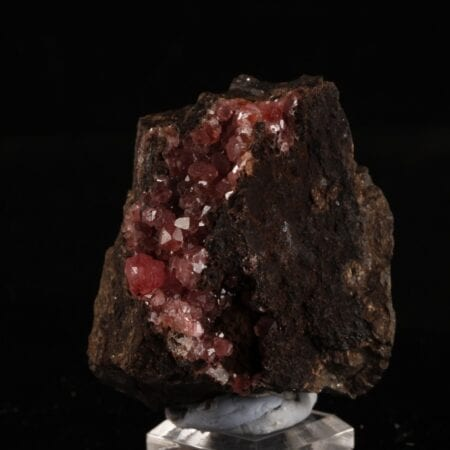 rhodochrosite-34736824