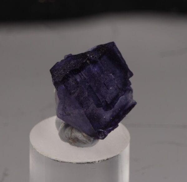 fluorite-130069064
