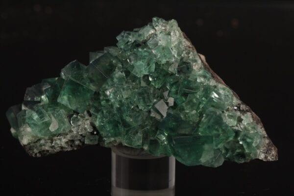 fluorite-225692748