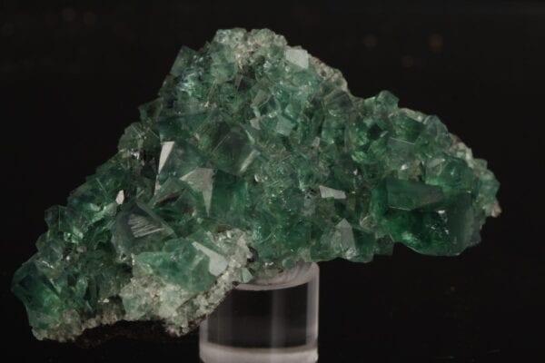 fluorite-474979889