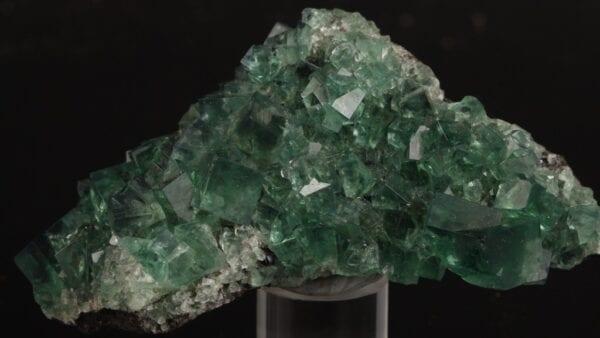 fluorite-967595144