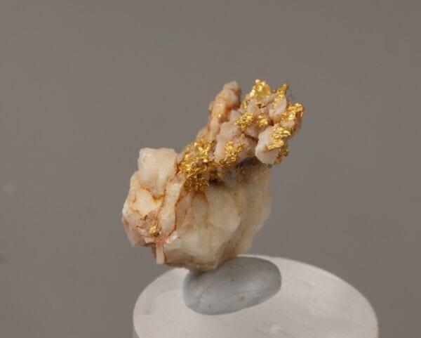 gold-brecciated-quartz-1700623115