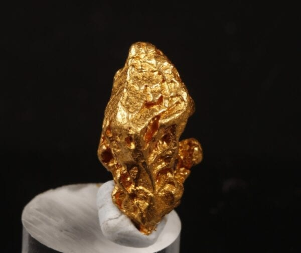 gold-crystal-420523424