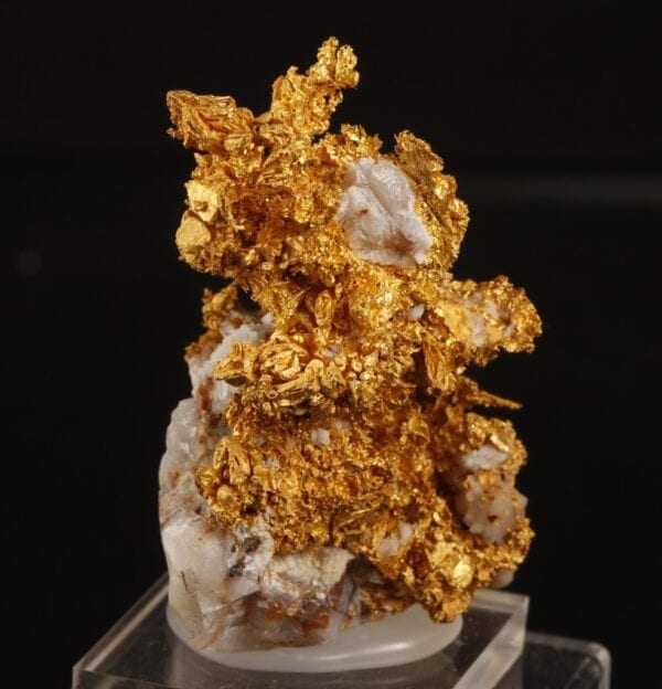 crystallized-gold-2024331635