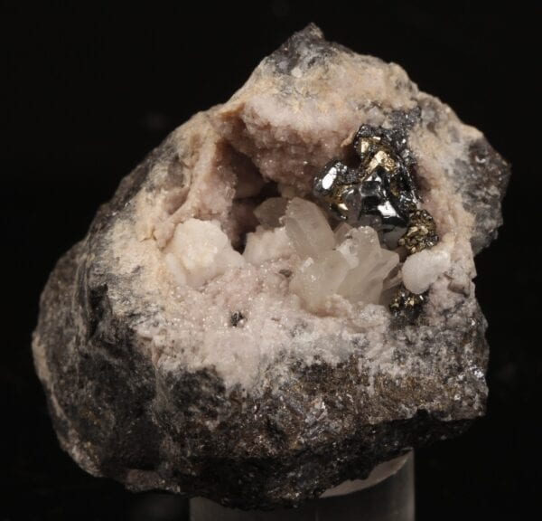 pyrargyrite-rhodochrosite-273776404