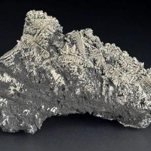 silver-native-arsenic-697587108