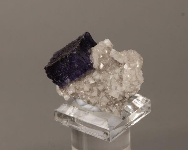 fluorite-dolomite-1292966969
