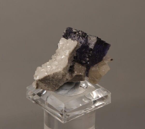 fluorite-dolomite-202904172