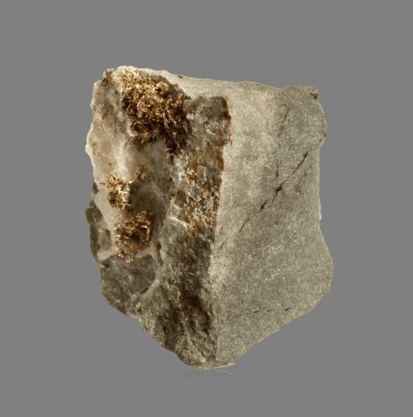 crystallized-gold-matrix-171490917