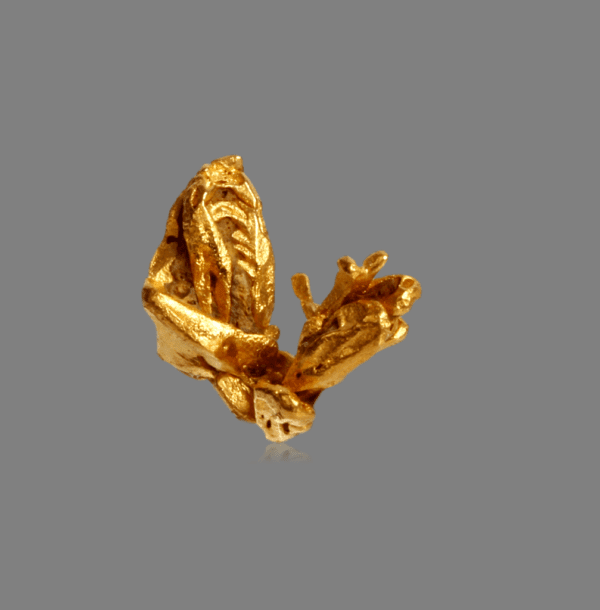 gold-crystal-776281339