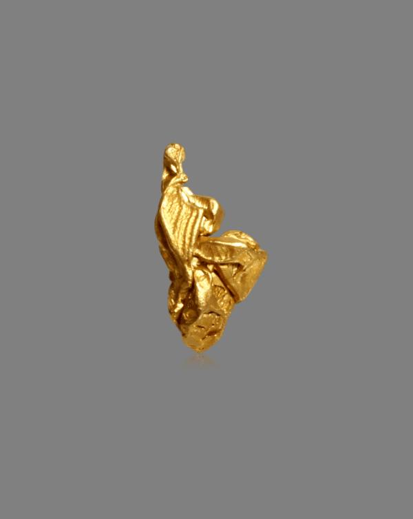 gold-crystal-cluster-459711962