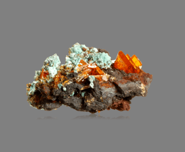 wulfenite-mimetite-and-chrysocolla-1516244627