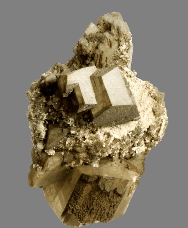 adularia-chlorite-and-apatite-600304226