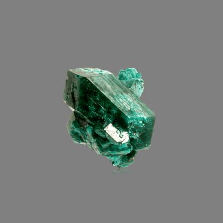 dioptase-389360632