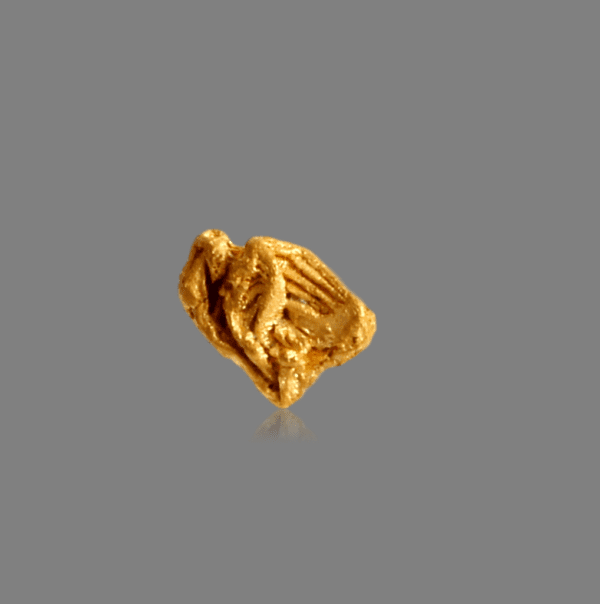 gold-crystal-2097440623
