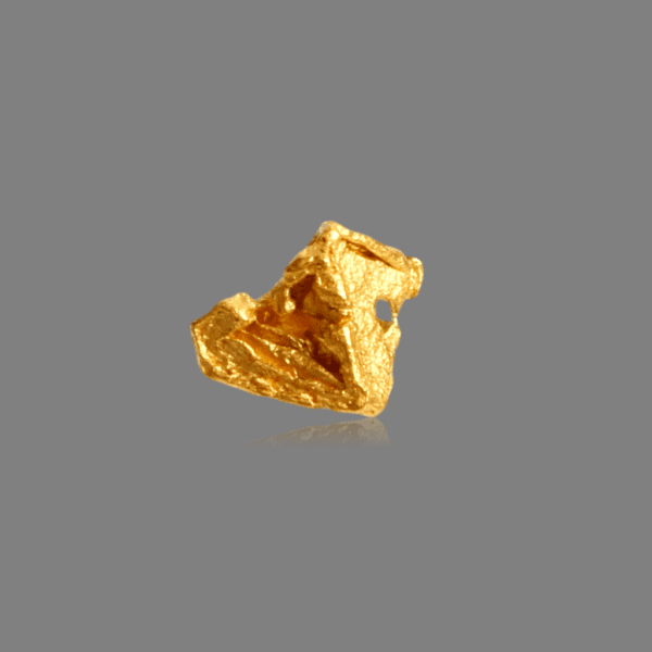 gold-crystal-828452683
