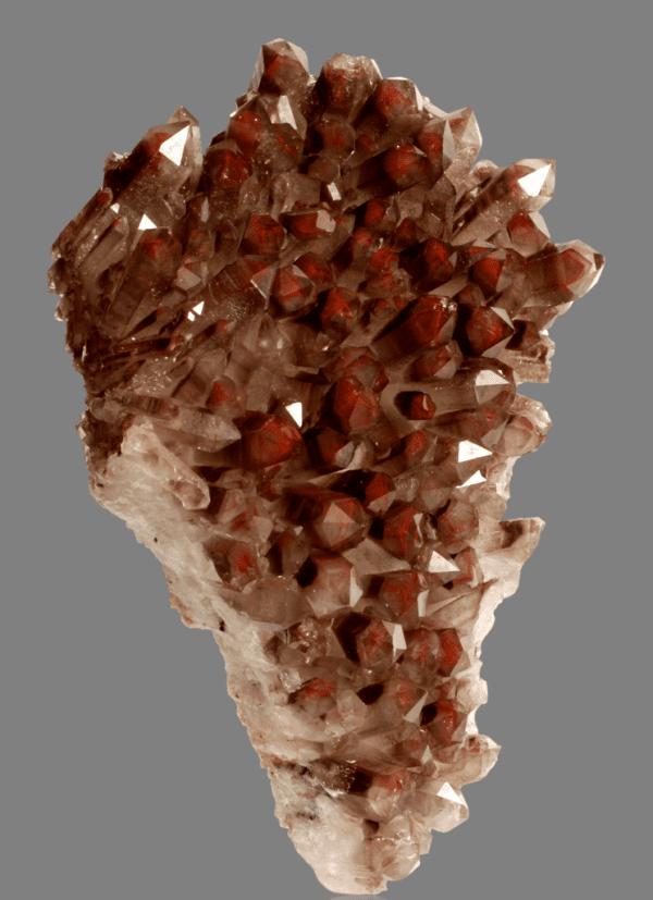 hematite-included-quartz-971499092