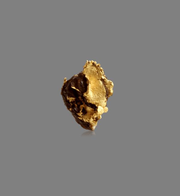 crystallized-gold-leaf-679784530