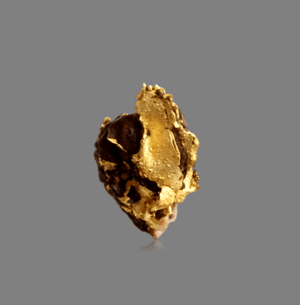 crystallized-gold-leaf-973098222