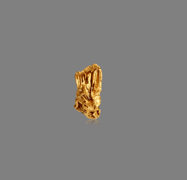 crystallized-gold-495420467