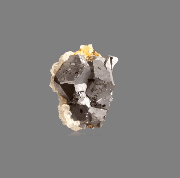 galena-crystals-2125901184