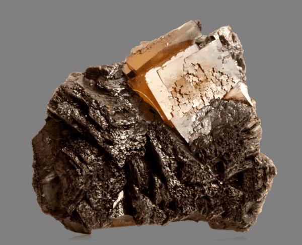 fluorite-sphalerite-and-bitumen-1855253388