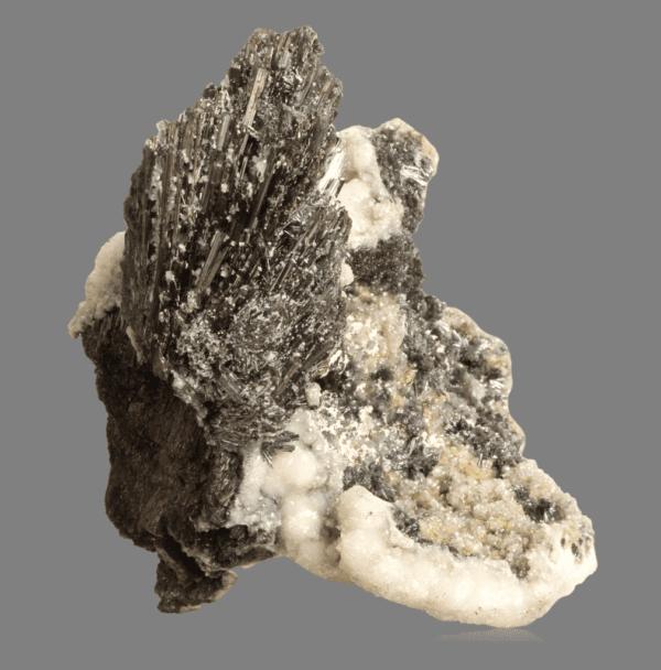 stibnite-berthierite-calcite-1939379031