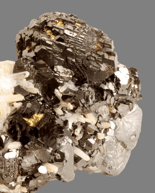 sphalerite-galena-chalcopyrite-and-quartz-1830689996