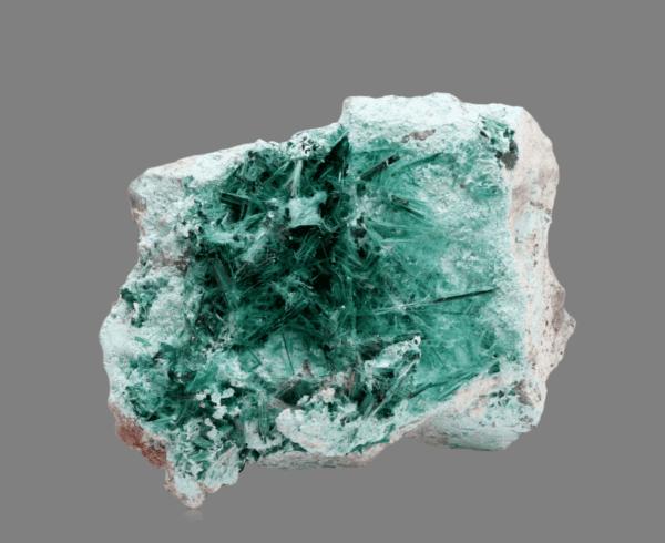 brochantite-613169977