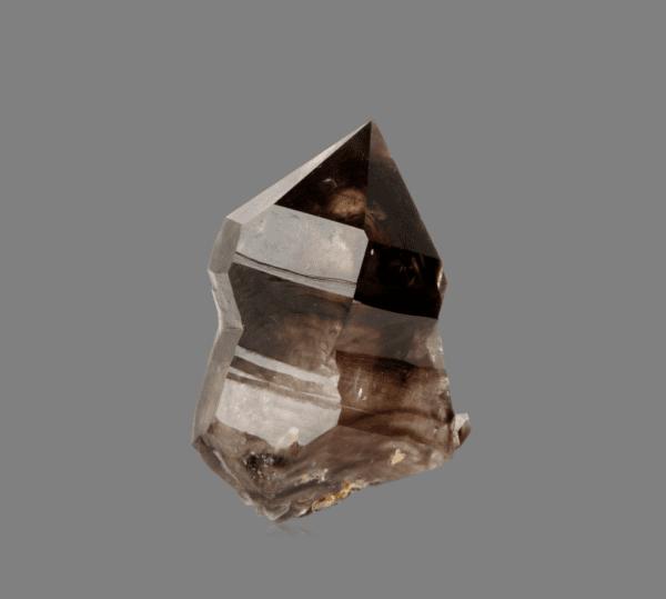 smoky-quartz-282590673