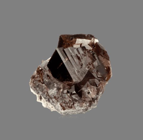 axinite-fe-1725899112