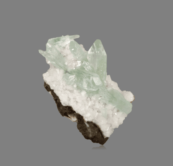fluorapophyllite-k-2123685968