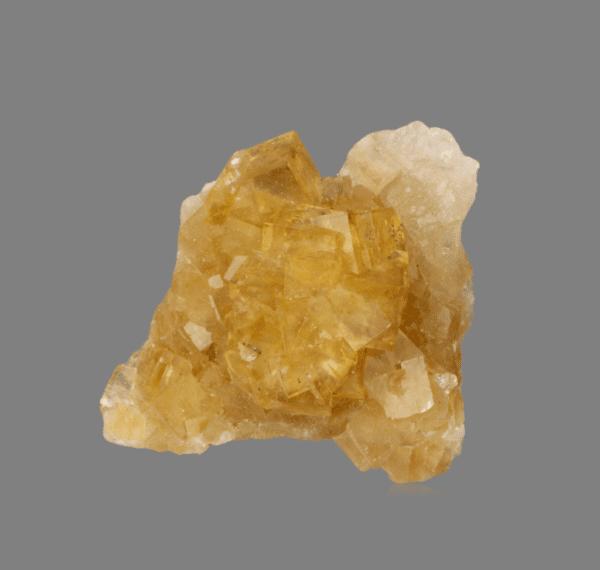 fluorite-290497276
