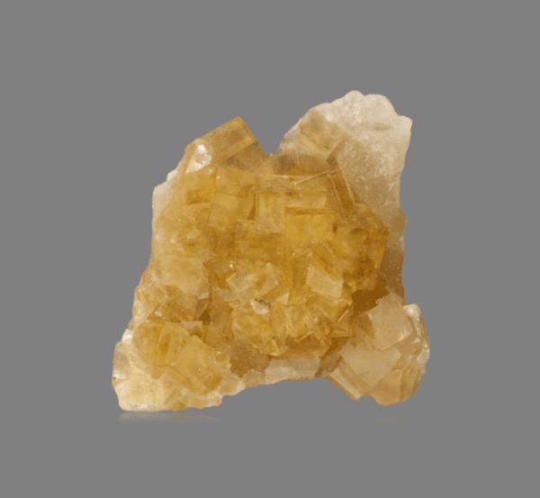 fluorite-642605635
