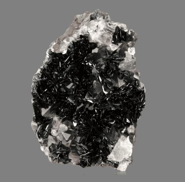 hematite-quartz-1709880898
