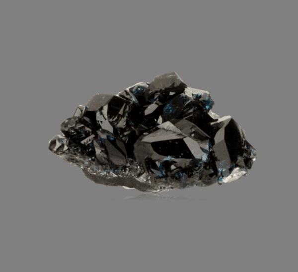 lazulite-664379633