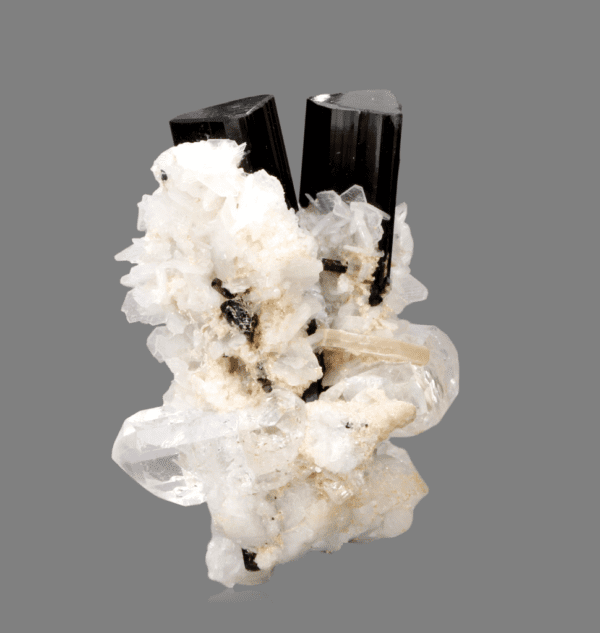 schorl-topaz-and-albite-945611556