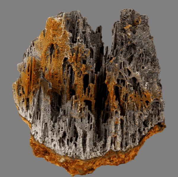 iodargyrite-pyrolusite-155303122