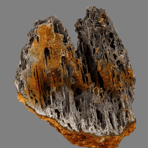 iodargyrite-pyrolusite-213562534