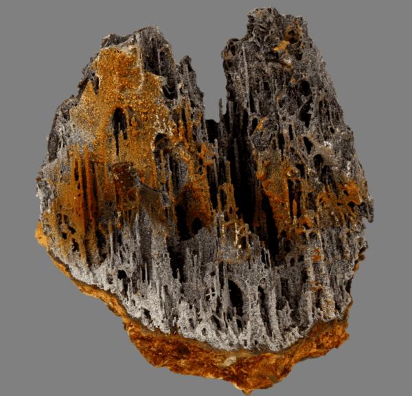 iodargyrite-pyrolusite-656094724