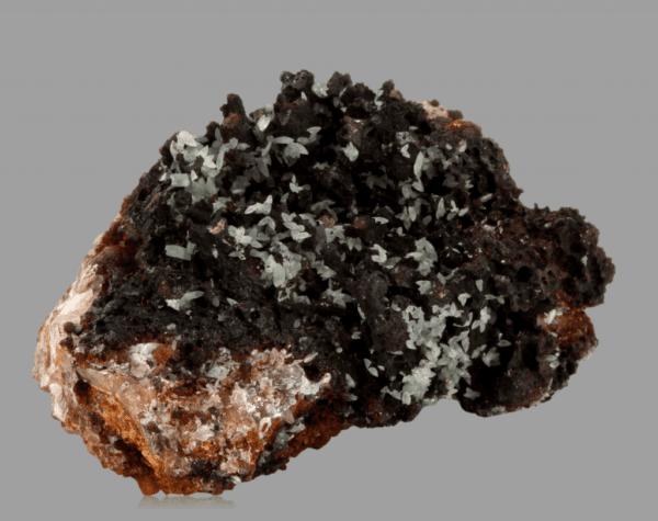 cuprian-smithsonite-472498620